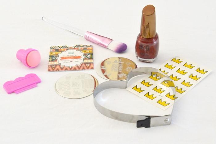 née-jolie-avis-stamping--nail-art